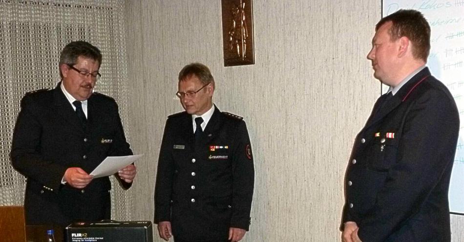 Verleihung der Ehrennadel an Steffen Kircher
